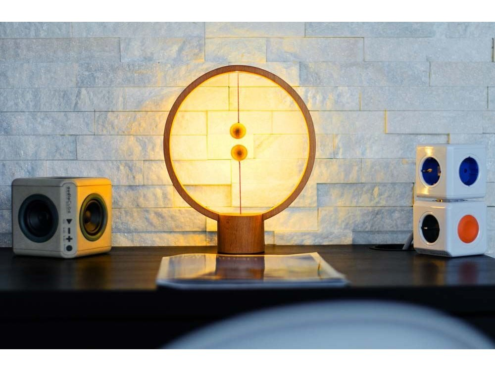 Allocacoc Heng Balance Wooden Lamp Round, with Magnetic Switch, Light Wood - DH0039LW/HBLRUB